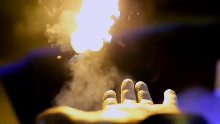 pyro lançador de fogo