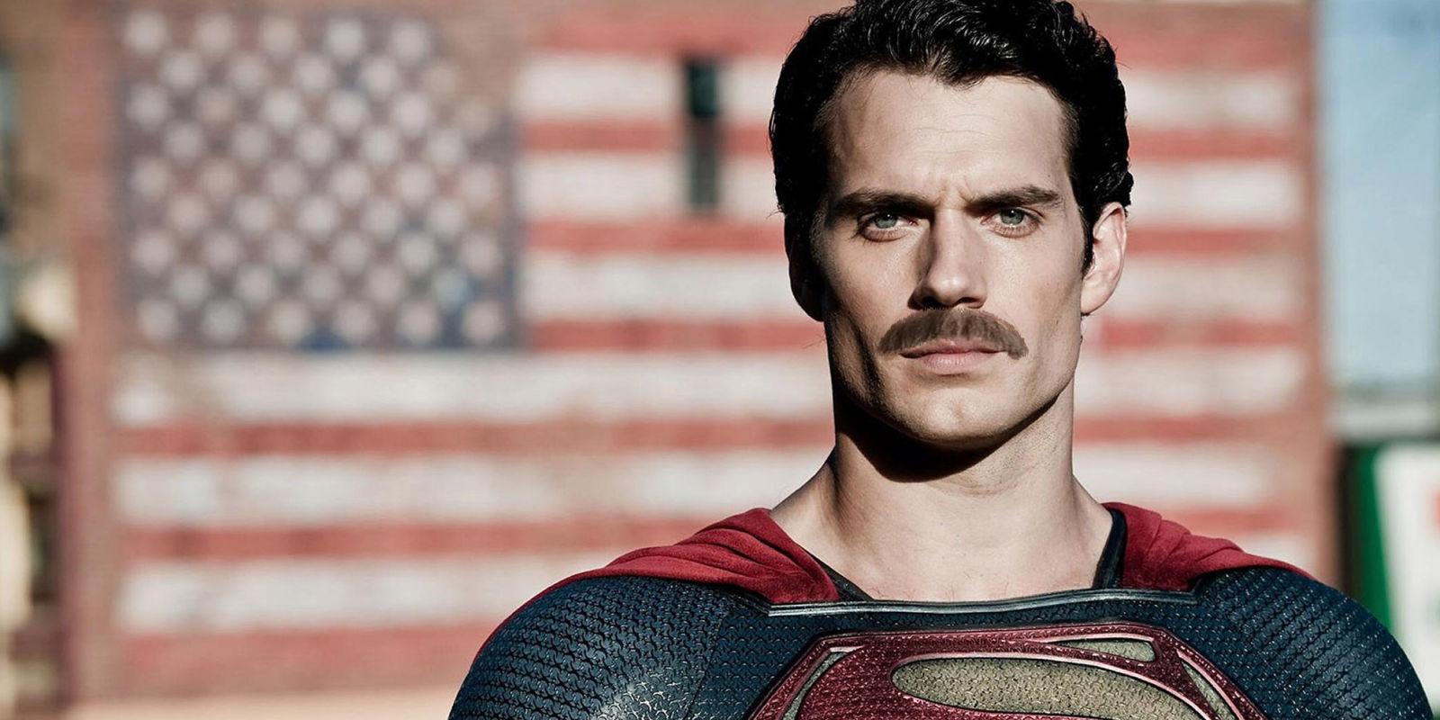 Superman bigode