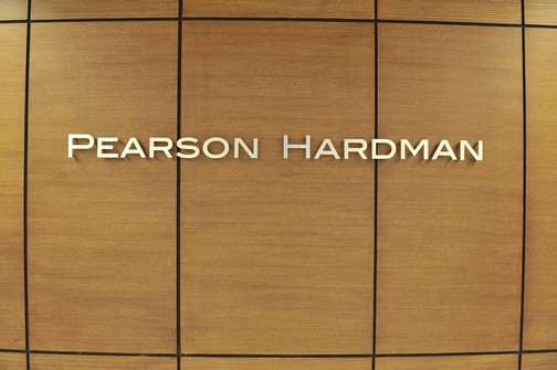 suits pearson hardman